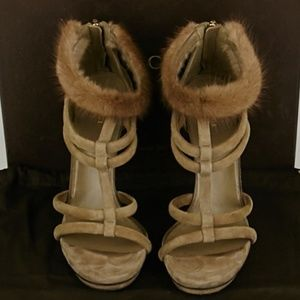 Gucci Mink Sandals